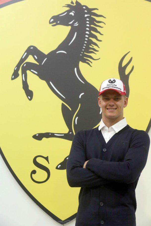 La sonrisa de oreja a oreja , un apellido ilustre para Ferrari