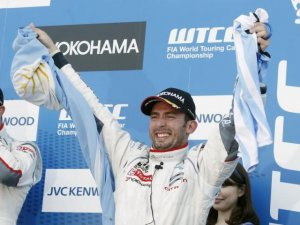 PECHITO SIGUE GANANDO
