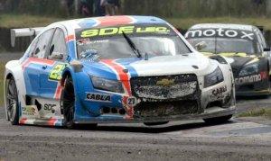VIDEO: ¿DEBIÓ CORRER EL TOP RACE EN 9 DE JULIO?