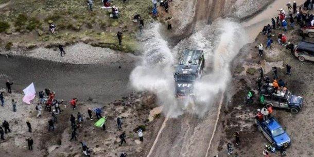 El camion y su paso por los suelos bolivianos