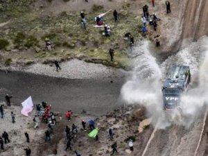 CAMIONES: EL PILOTO YPF FEDERICO VILLAGRA SIGUE SEGUNDO EN LA GENERAL