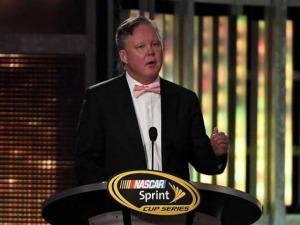 EL CEO DEL NASCAR, EN PROBLEMAS