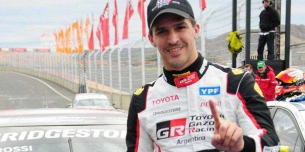 Rossi feliz con el 1, 2 de Toyota