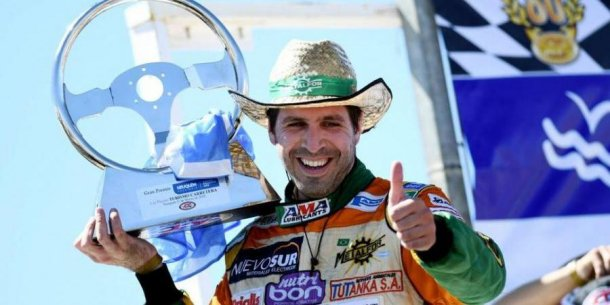 """""""Ya voy a correr en Ford, primero quiero ser campeon con Dodge"""""""