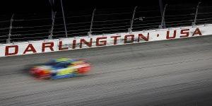 EL NASCAR PONE PRIMERA