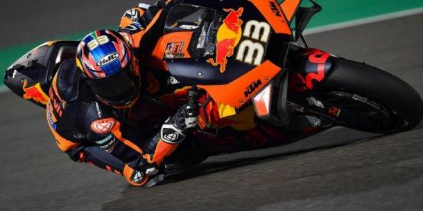 Gano Brad Binder en el Moto GP en Republica Checa